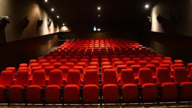 कोरोना भाइरसका कारण चलचित्र क्षेत्र बढी प्रभावित, फिल्म हल भत्काएर सपिङ मल बन्दै